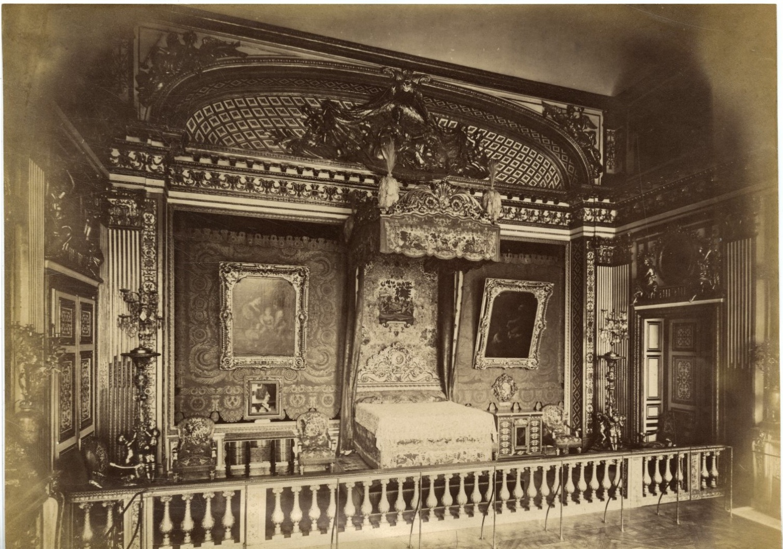 France versailles chambre de louis xiv vintage albumen for Chambre louis xiv