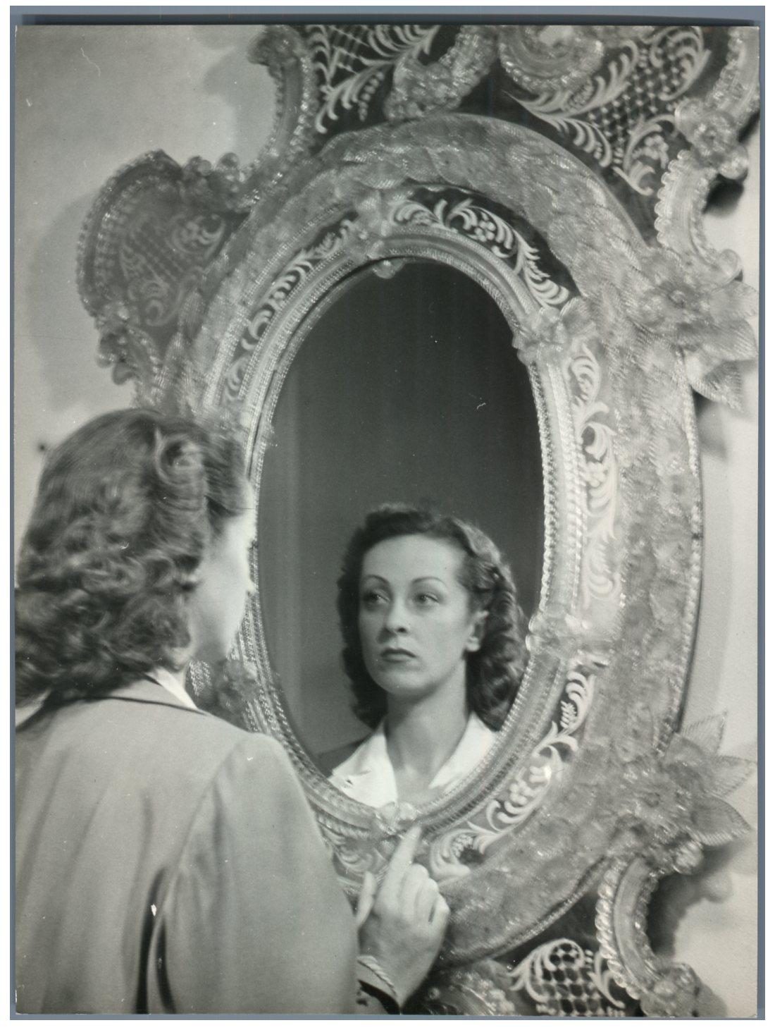 Michel brodsky paris la femme et le miroir vintage for Le miroir paris